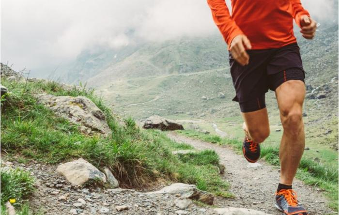 Total knee replacement should not stop athletes being active