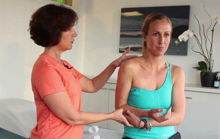 Embedded thumbnail for Shoulder Taping